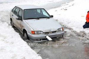 Вытащить машину из болота эвакуатор